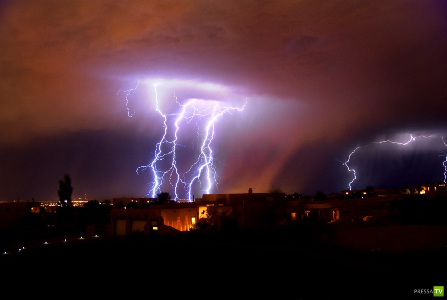 Молниевая бомбардировака в Альбукере (29 фото)