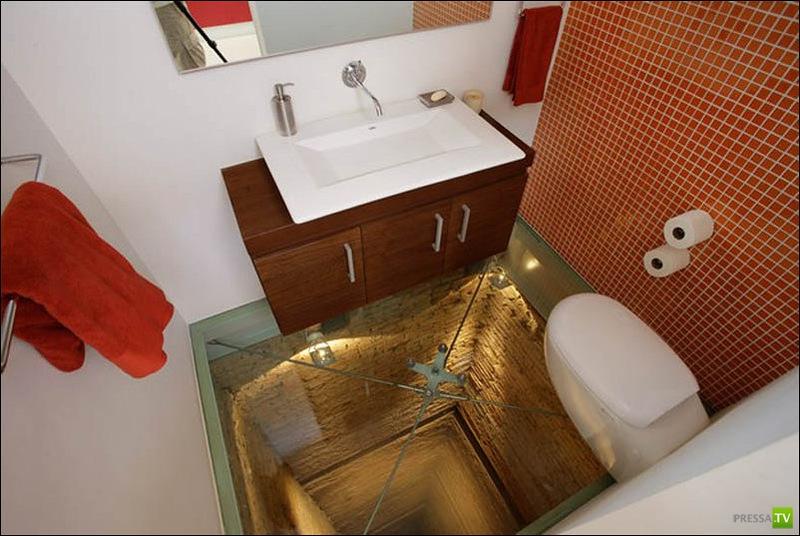 Ванная комната не для слабонервных... (4 фото)