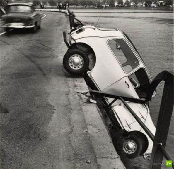 Курьезы с автомобилями (48 фото)