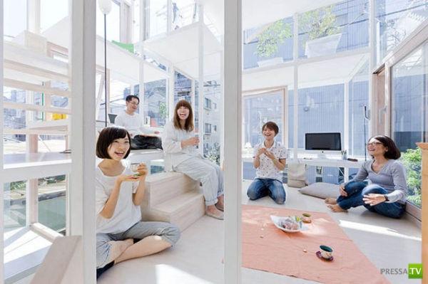 Прозрачный дом для супружеской пары в Токио (13 фото)