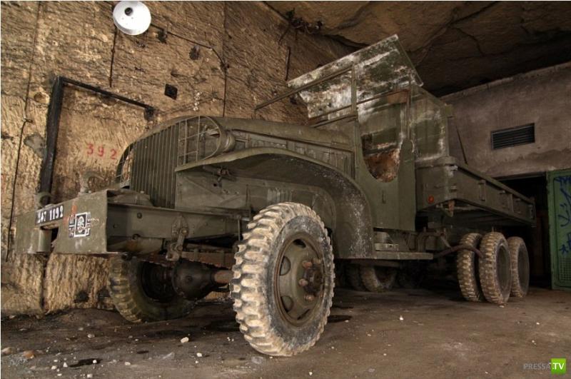 Во Франции обнаружен подземный бункер двух мировых войн (8 фото)