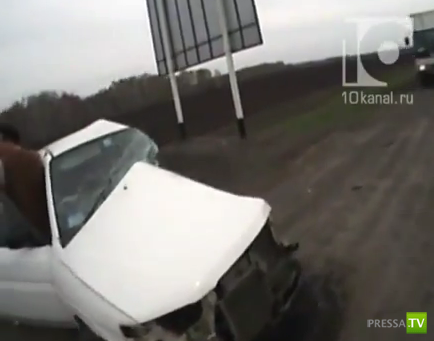 Страшное ДТП... Toyota Land Cruiser врезался в Mazda Demio