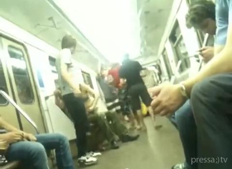Любительский секс в метро
