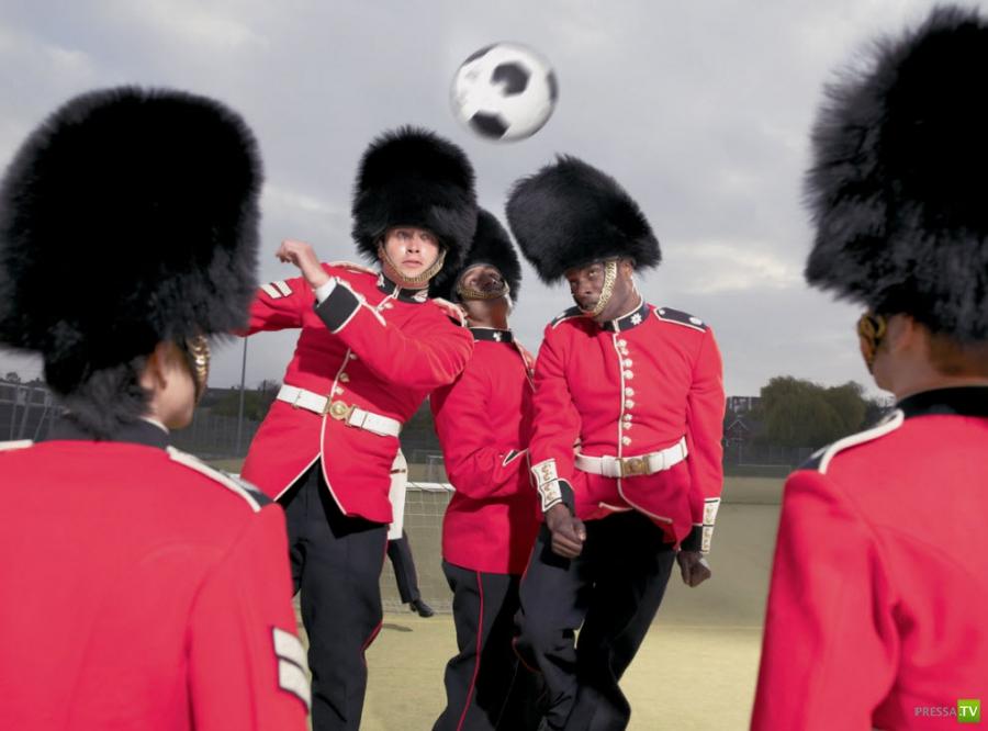 Британские гвардейцы готовятся к Олимпиаде (8 фото)