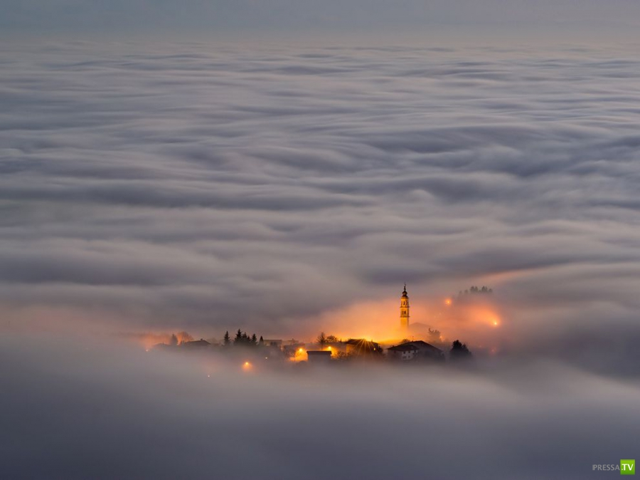 Красивые фотографии городов, окутанных туманом (14 фото)
