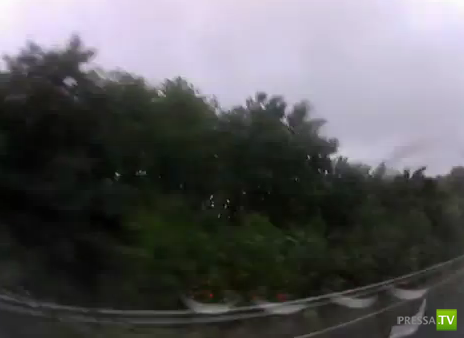 Чего так гнать по лужам? ДТП на мокрой дороге