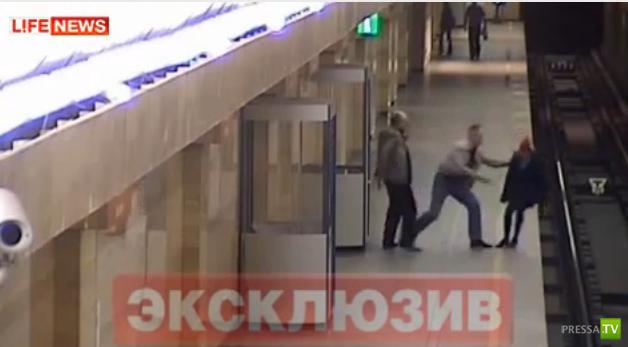 ЧП в метро Санкт-Петербурга... (фото + видео)