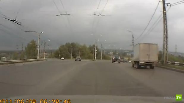 """Пьяный водитель """"Пятерки"""" спровоцировал лобовое столкновение... ДТП в Тольятти"""