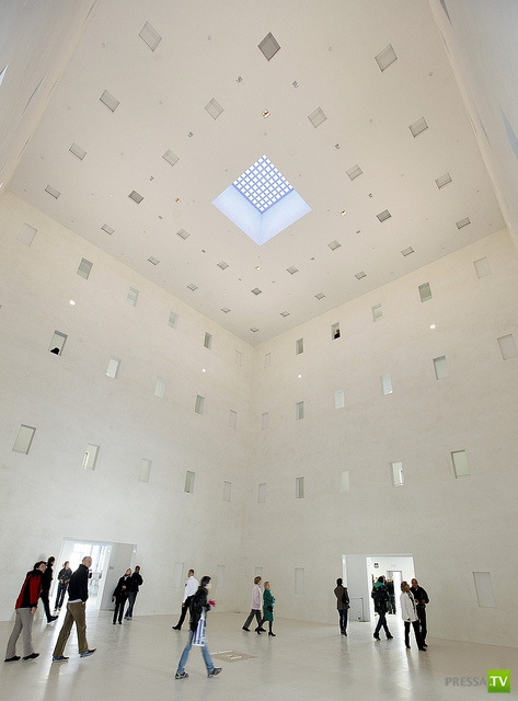Библиотека будущего в Штутгарте (8 фото)