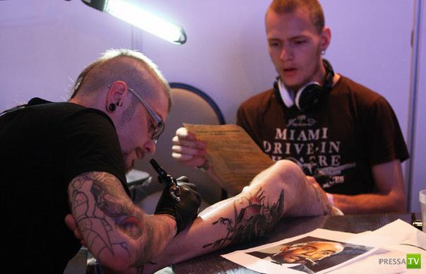 10-ый Петербургский фестиваль татуировки (12 фото)