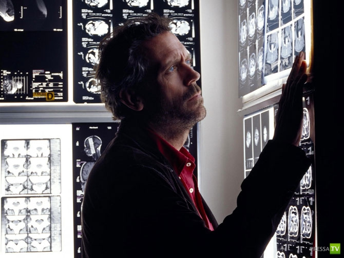 Интересное о Хью Лори и «Докторе Хаусе» (6 фото)