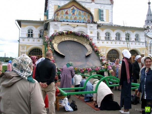 Чудесный лаз в Ярославской области (3 фото)