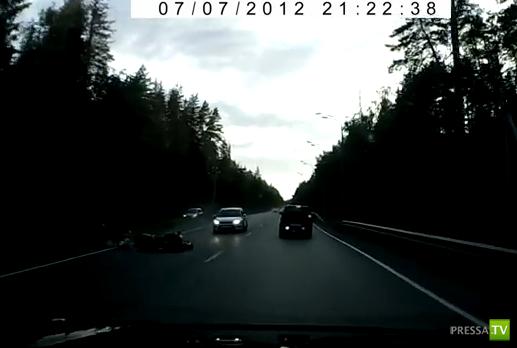 ВАЗ 2114 столкнулся с мотоциклом... ДТП на Щелковском шоссе