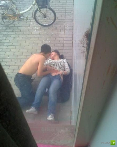 Проблемы современного Китая: много молодежи и мало жилья (14 фото)