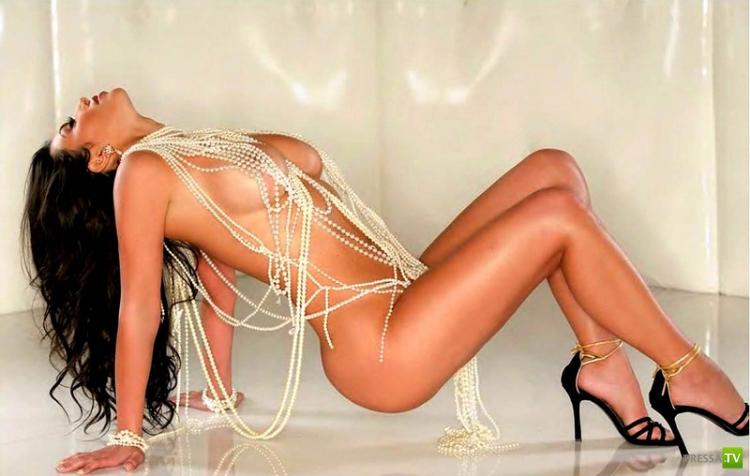 Ким Кардашян в откровенной фотосессии (17 фото)