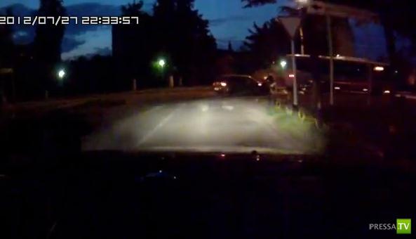 Обгон через сплошную закончился столкновением с автобусом... ДТП в Ступино