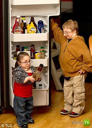 Самая низкорослая семья в мире (12 фото)