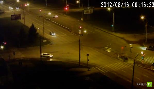 Летел на красный... Очередное столкновение в Красноярске