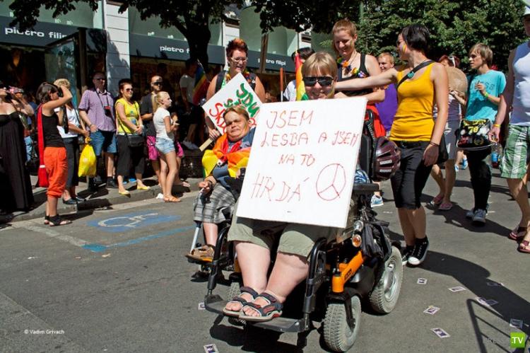 Марш Гордости геев в Праге (22 фото)