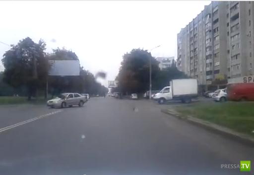 Сбили пешехода на перекрестке в Харькове...