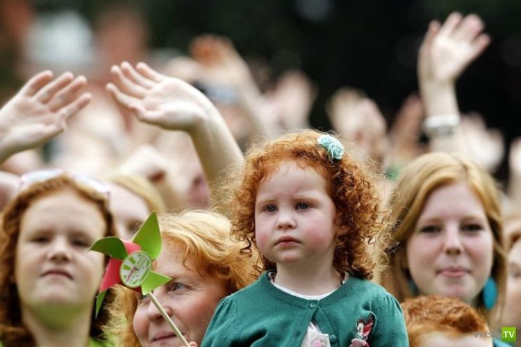 """Международный фестиваль """"Redhead Day""""(День рыжеволосых) в Нидерландах (10 фото)"""