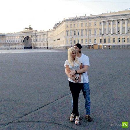 Лера Кудрявцева с новым бойфрендом (4 фото)