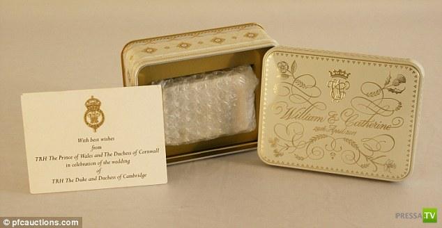 Кусок свадебного торта Кейт и Уильяма выставлен на аукцион (3 фото)