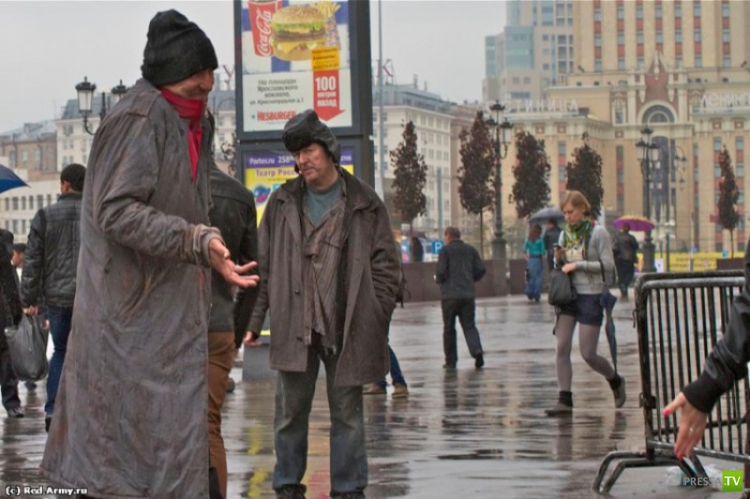 Винни Джонс на Ярославском вокзале (7 фото)
