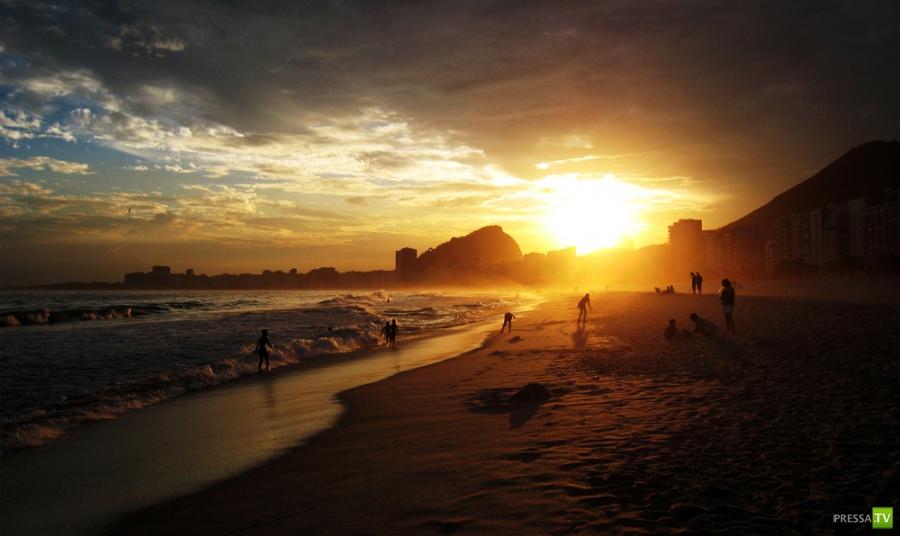 Пляж Копакабана - самый известный пляж в мире (21 фото)