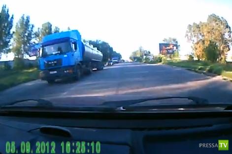 Почти ДТП в Запорожье на трассе Москва-Симферополь