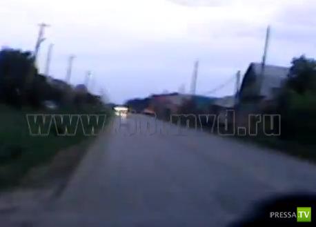 Поворотники не включает, ремни не пристегивает... ДТП в Бугуруслане