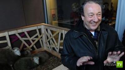 Умер выдающийся британский ученый Кит Кэмпбелл, клонировавший овечку Долли (2 фото)