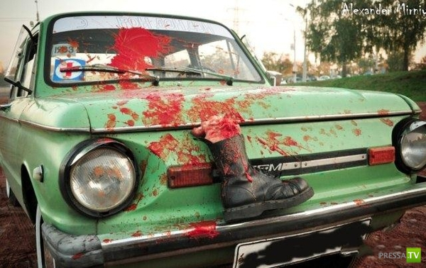 Кровавый запорожец на съезде любителей советских авто (4 фото)