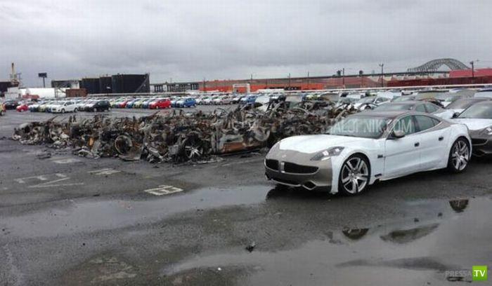 Во время урагана в порту Нью-Джерси сгорели 16 суперкаров Fisker Karma (4 фото)