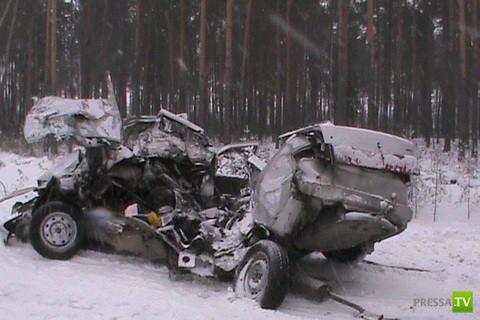 Смертельное столкновение ВАЗ 2110 и Татра в Нижневартовске... Трое погибших. Жесть!!!