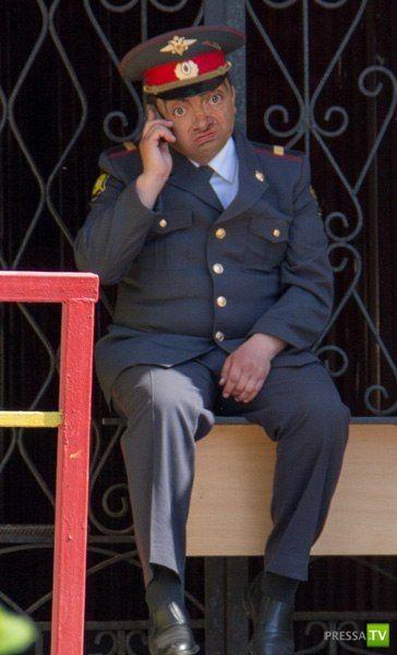 Прикольная фотожаба на задумчивого полицейского (36 фото)