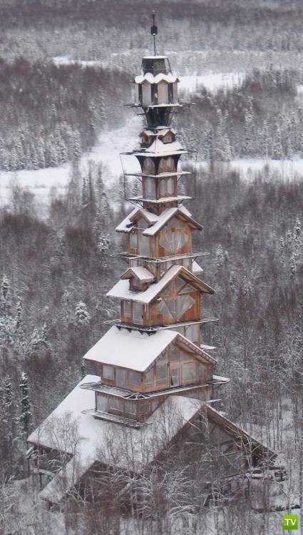 Необычный дом на Аляске... (9 фото)