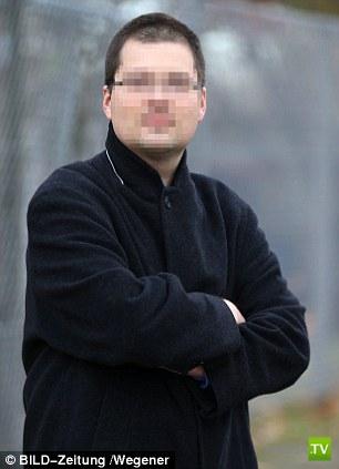 Женщину обвинили в попытке убить бойфренда грудью ...