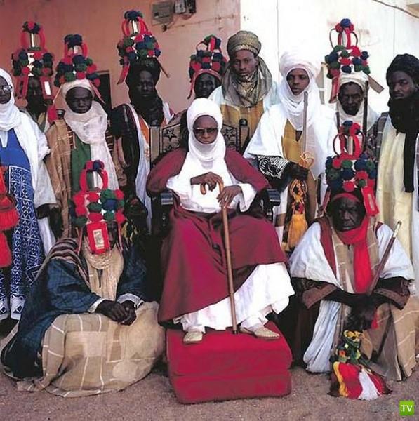 Монархи и члены королевских семей Африки (18 фото)