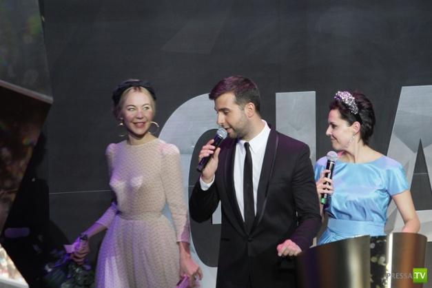 Церемония награждения премии «Женщина года Glamour»(14 фото)