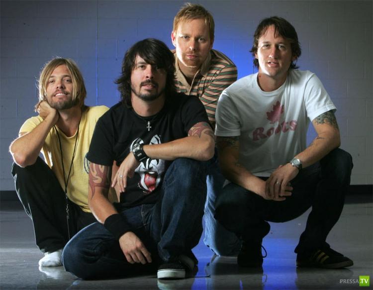 Самые успешные зарубежные музыканты 2012 года (14 фото)