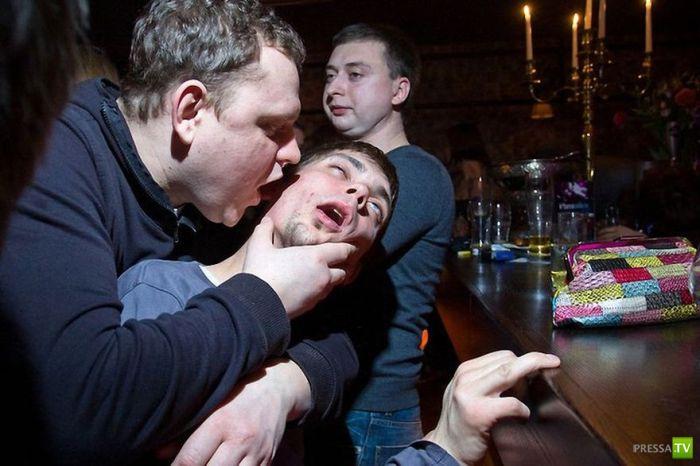 ( 18+) Как отдыхает Москва ... Прогулка по злачным местам (27 фото)