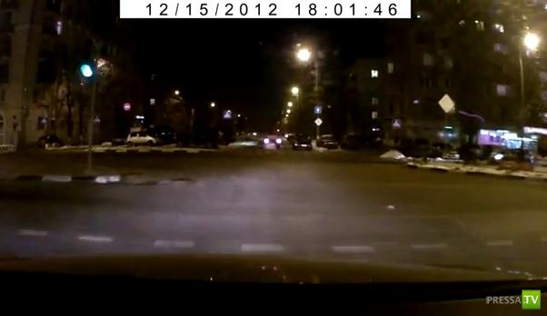 Внедорожник хотел по встречке  обогнать всех... ДТП на Рязанском проспекте, Москва