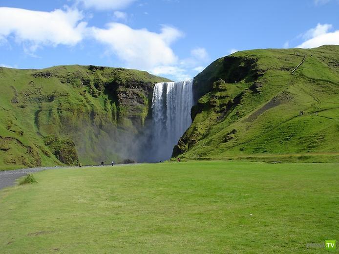 Скогафос - самый знаменитый водопад Исландии ... (7 фото)