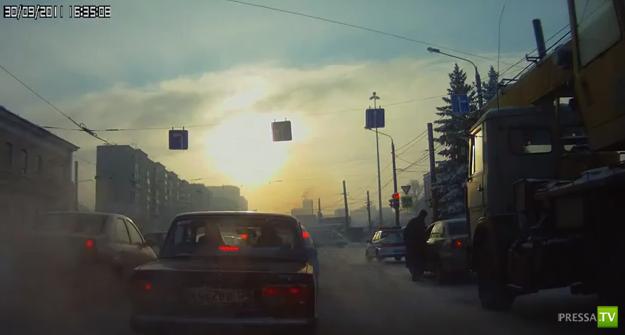 Наглый угон Toyota Avensis в Челябинске...