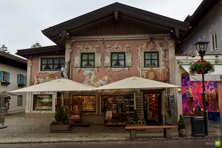 Фрески баварской деревушки Обераммергау. Германия (9 фото)