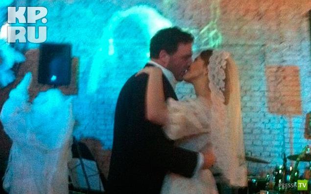 Ксения Собчак вышла замуж за Максима Виторгана (2 фото)
