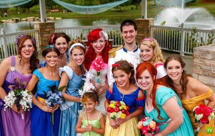 Необычная свадьба в диснеевском стиле (18 фото)
