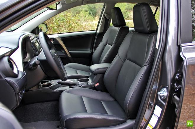 Кроссовер Toyota RAV4 с обновленным дизайном (14 фото)