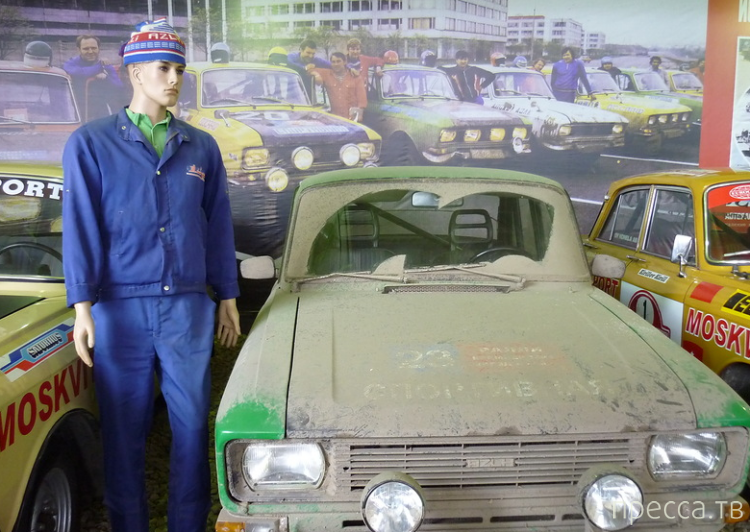 Государственный музей ретро-автомобилей на Рогожском валу (16 фото)